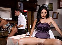Ars Mandi and Mandy Bright