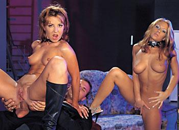 Julia Taylor, Maria