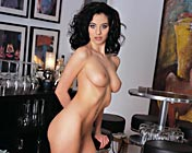 Lara Stevens