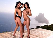 Lucy Belle & Black Angelika