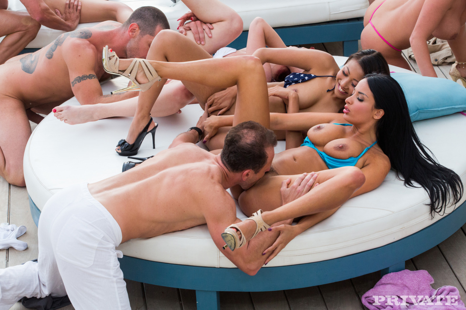 singles sex party in goba