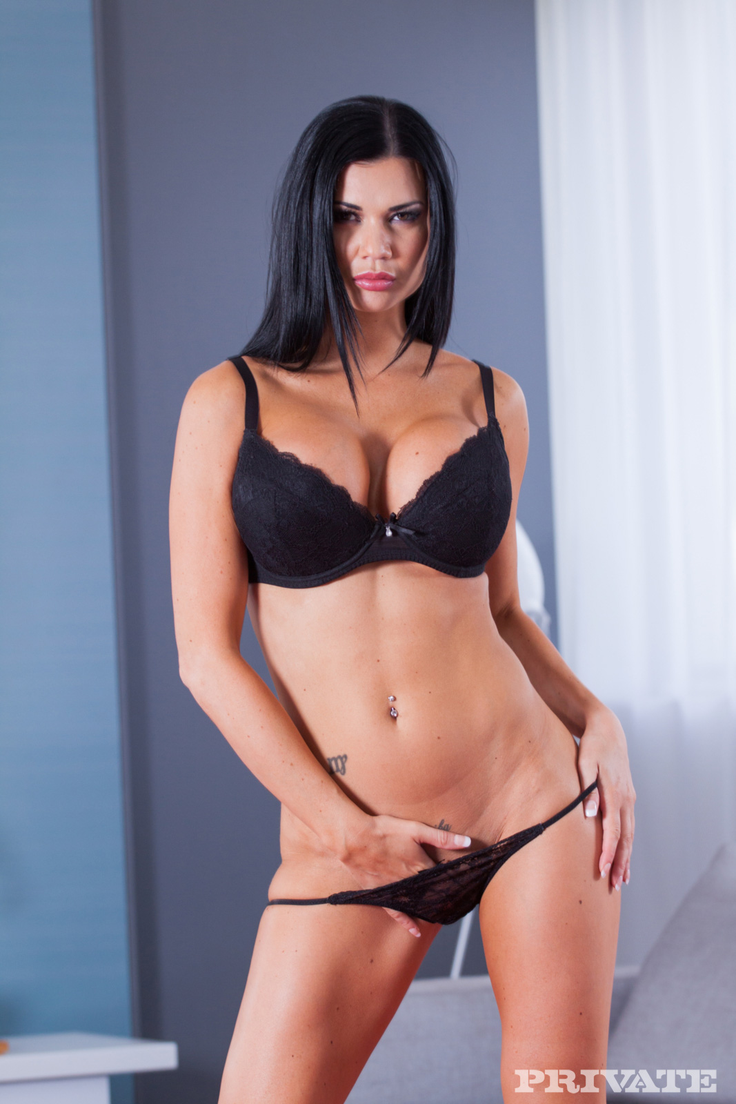 image Jasmine jae takes the biggest load ever