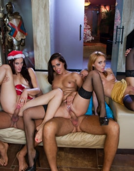 A Christmas Orgy with Candy Alexa, Nataly Von, Tiffany Doll and More-4