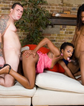 Amateur Ebony Babe Lala has an Interracial Threeway-6