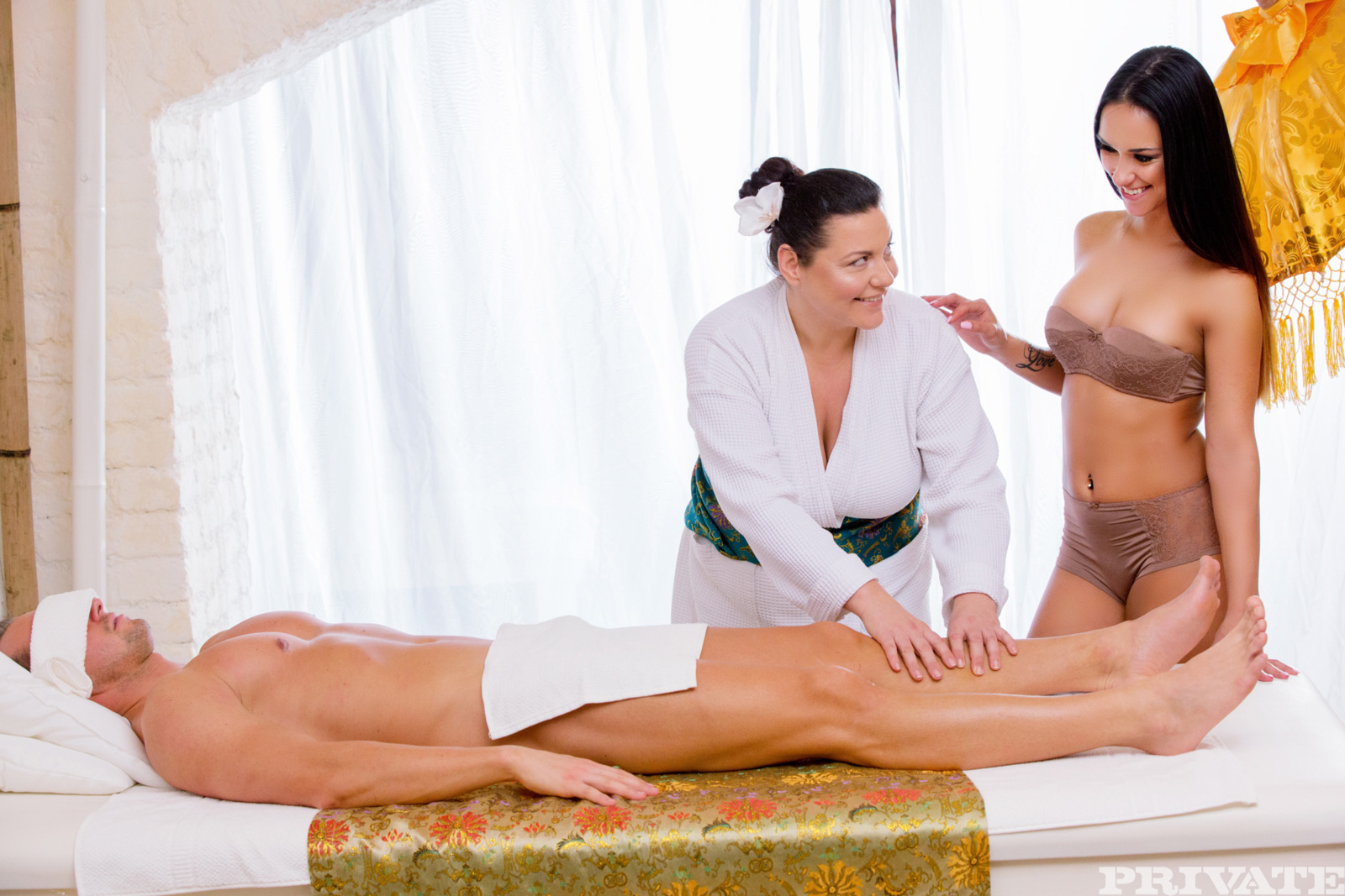 Her massage turns into some hardcore anal fucking 5
