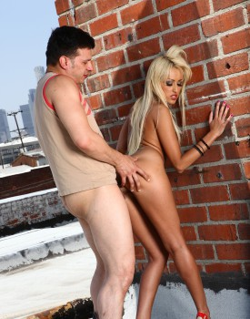 Blonde Breanne Benson's Pussy is Worth Dying For-8