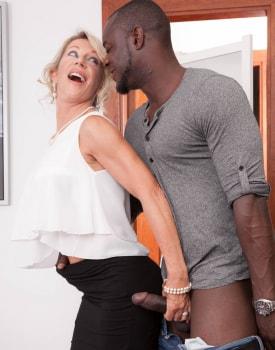 MILF Marina Beaulieu Stars in her first interracial -6