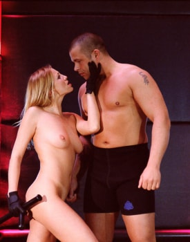 Claudia Claire Gets Covered in Cum at the Museum of Science-11