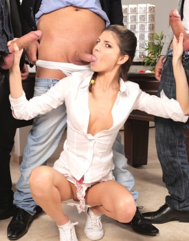 Gina Gerson Gets Private Lesson On How To Gangbang-5