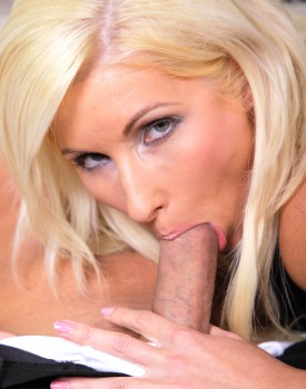 Blonde Teen Vanessa Hell is Addicted to Hard Fucking-4