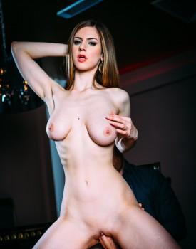 Deep Throat Pro Stella Cox is a Certified Cum Swallower-8