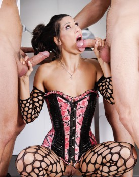 Office Boss Alexa Tomas Gets Dominated By Two Hard Cocks-5