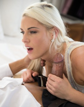 Big Butt Blanche Bradburry is an Anal Loving Cheater-2
