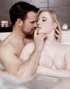 Satine Spark Gets Wet and Wild in a Hot Bath-1