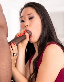 The Asian Katana in her first interracial-3
