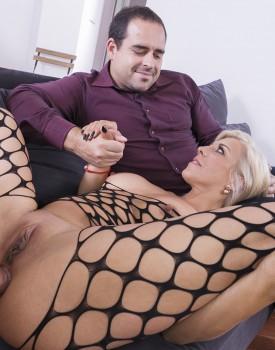 Milf Nikyta Enjoys Hard Anal While Her Husband Watches-9