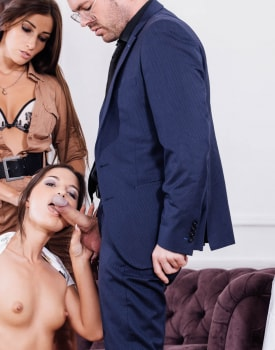 Kristy Black debuts in an anal trio with Clea Gaultier-2
