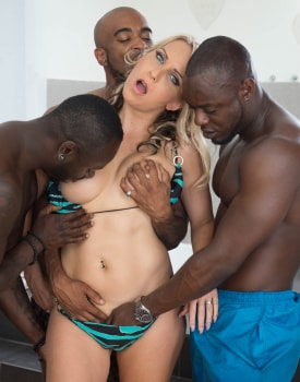 MILF Julia Pink Stars in Her First Interracial Gangbang-2
