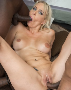 MILF Julia Pink Stars in Her First Interracial Gangbang-10