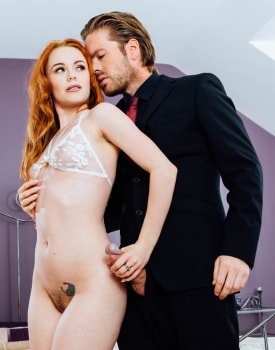 Ella Hughes' Husband Is a Cuckold Devout Who Loves Watching Sperm Spilled Over His Wife's Hairy -3